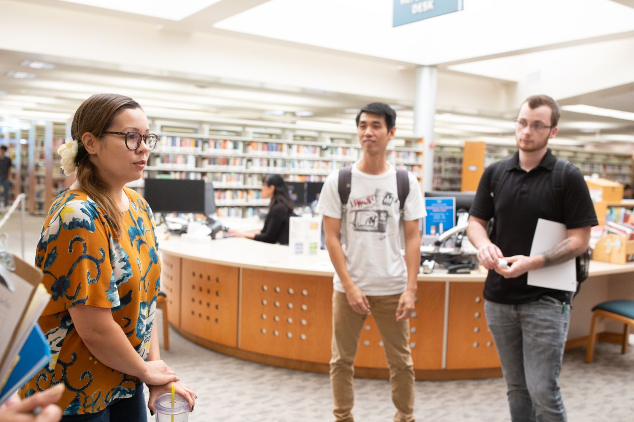 Librarian leads an orientation for students
