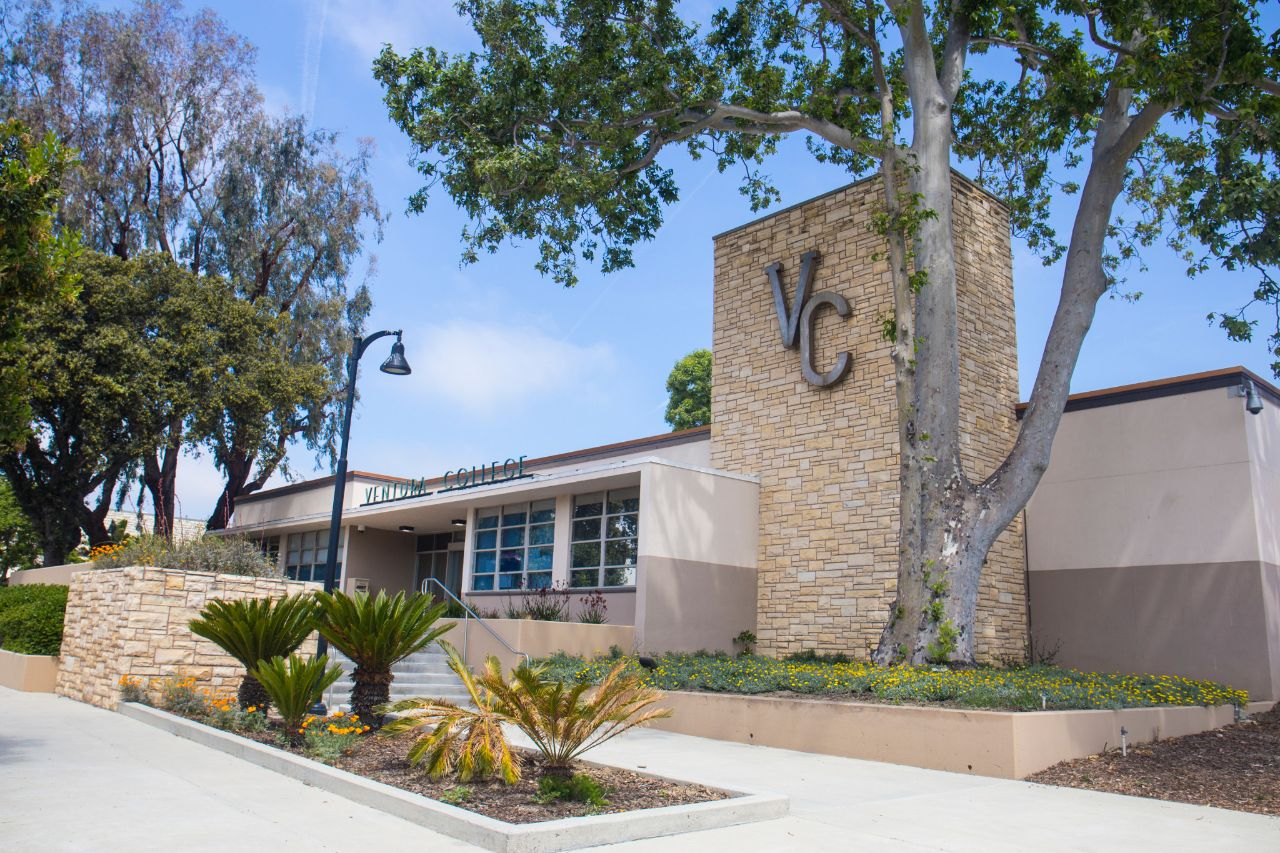 View of Ventura College Administration Building
